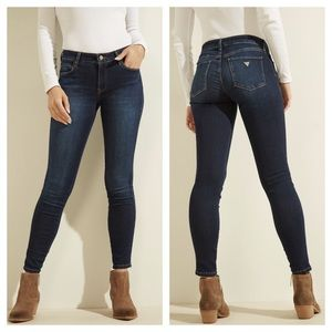 Guess Sexy Curve Mid-Rise Skinny Jeans /29